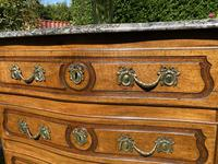 Small 18th Century Serpentine Fronted Commode (5 of 17)
