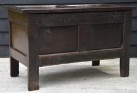 Handsome 17th Century Small Proportioned Oak Panelled Coffer c.1680 (10 of 13)
