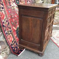 Late 17th Century Oak & Elm Chest of Drawers (2 of 6)