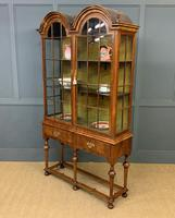 Burr Walnut Double Dome Topped Display Cabinet (18 of 18)