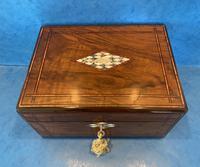 Victorian Walnut Jewellery Box c.1860 (4 of 14)
