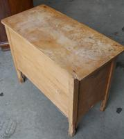 1900's Neat Small Rustic Pine Chest Drawers 2 over 2. (2 of 4)