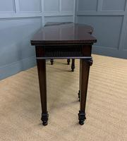 Maple and Co Mahogany Dining Suite (29 of 36)