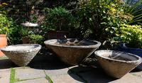 Set of the conical garden planters (4 of 9)