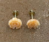 Pair of 9ct Coral Flower Earrings (3 of 4)