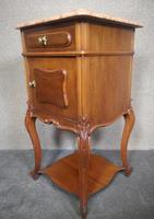 Pair of French Antique Walnut Bedside Cupboards / Night Stands c.1910 (8 of 9)