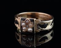Antique mourning ring, 15ct gold, black enamel, pearl and diamond (3 of 12)