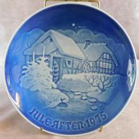 """Bing & Grondahl Christmas plate """"Christmas at The Old Watermill"""" 1975"""