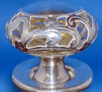 Art-Nouveau silver-overlaid clear-glass scent bottle & stopper (7 of 7)