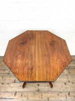 Late Victorian Walnut Octagonal Centre Table (6 of 10)