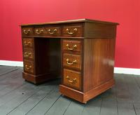 Small Antique Edwardian Leather Bound Mahogany Twin-Pedestal Writing Desk (5 of 16)