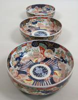 Good Set of Three Graduating Japanese Imari Bowls (5 of 13)