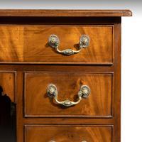 George III Period Mahogany Kneehole Desk (3 of 3)