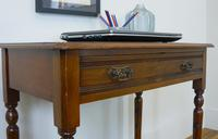 Delightful Little Victorian Leather Topped Single Drawer Desk c.1880 (6 of 12)