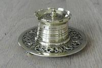 Fine William Tonks & Sons Aesthetic Movement Castle Top Brass Inkwell c.1895 (2 of 6)