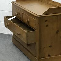 Late Victorian Pine Chest of Drawers (5 of 6)