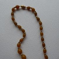 Graduated Bakelite Bead Necklace (8 of 11)