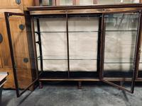 Shop Display Cabinet (13 of 21)