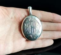 Victorian Silver Locket, Mourning, Monogrammed (2 of 11)