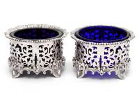 Pair of Elkington & Co Silver Plated Salts with Bristol Blue Glass Liners (5 of 5)