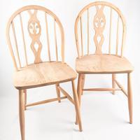 Pair of Ercol Fleur-de-lis Windsor Chairs (3 of 5)