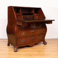 Mahogany Desk / Bureau / Bombe (3 of 5)