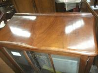 Glazed Queen Anne Style Display Cabinet c.1925 (2 of 3)