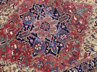 Antique Heriz Carpet 3.20m x 2.37m (6 of 10)