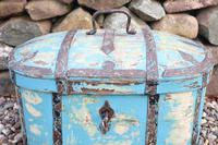 Scandinavian / Swedish 'Folk Art' Travel chest in blue paint and ironwork, 18th Century (19 of 37)