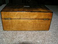 Antique Victorian Walnut Jewellery / Trinket Box, Mop, working lock & key (9 of 9)