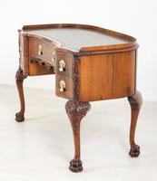 Superb Walnut Queen Anne Style Writing Table (13 of 17)