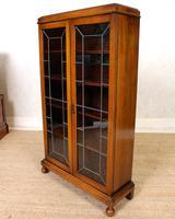 Oak Leaded Glass Bookcase (13 of 15)