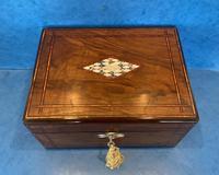 Victorian Walnut Jewellery Box c.1860 (8 of 14)