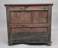 Early 18th Century Oak Chest (6 of 10)