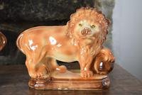 Large 19th Century Staffordshire Pottery Lions (4 of 10)