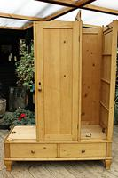 Beautiful Old Pine Triple Knock Down 'Arts & Crafts' Wardrobe  - We Deliver & Assemble! (15 of 18)