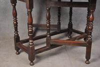 Good 17th Century Oak Gateleg Table (7 of 8)