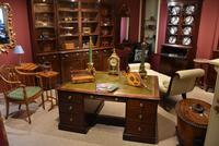 George III 18th Century 'Plum Pudding' Mahogany Partner's Desk (2 of 3)