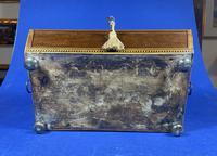 Regency Sarcophagus Mahogany Box with Shell Inlay. (4 of 12)