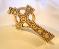 9ct Gold Large Celtic Cross Religious Pendant 2002 London 4.5cm Length 7.1 Grams (4 of 11)