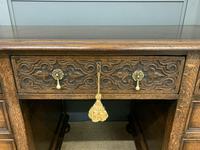 Good Carved Oak Pedestal Desk (10 of 18)