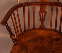 Yew Wood low Windsor Chair Rockley Maker (3 of 10)