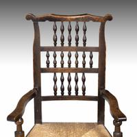 Attractive Mid 19th Century Elm Spindleback Armchair (3 of 5)