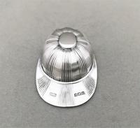 Novelty Edwardian silver jockey cap silver caddy spoon (3 of 5)