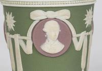 Wedgwood Georgian Three Color Jasperware Medallion Vase c.1790 (6 of 15)