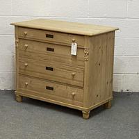 Old Pine Chest of Drawers (2 of 5)