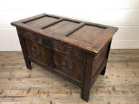 Small 18th Century Carved Oak Coffer (3 of 13)