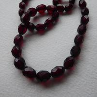 Cherry Red Bakelite Bead Necklace (7 of 7)