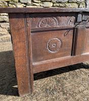 Small 17th Century Devon Oak Coffer (4 of 21)
