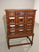 A Handsome Late 17th Century Block Fronted Oak and Mahogany Chest (5 of 5)